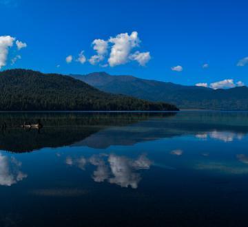 lake-1970055_1920
